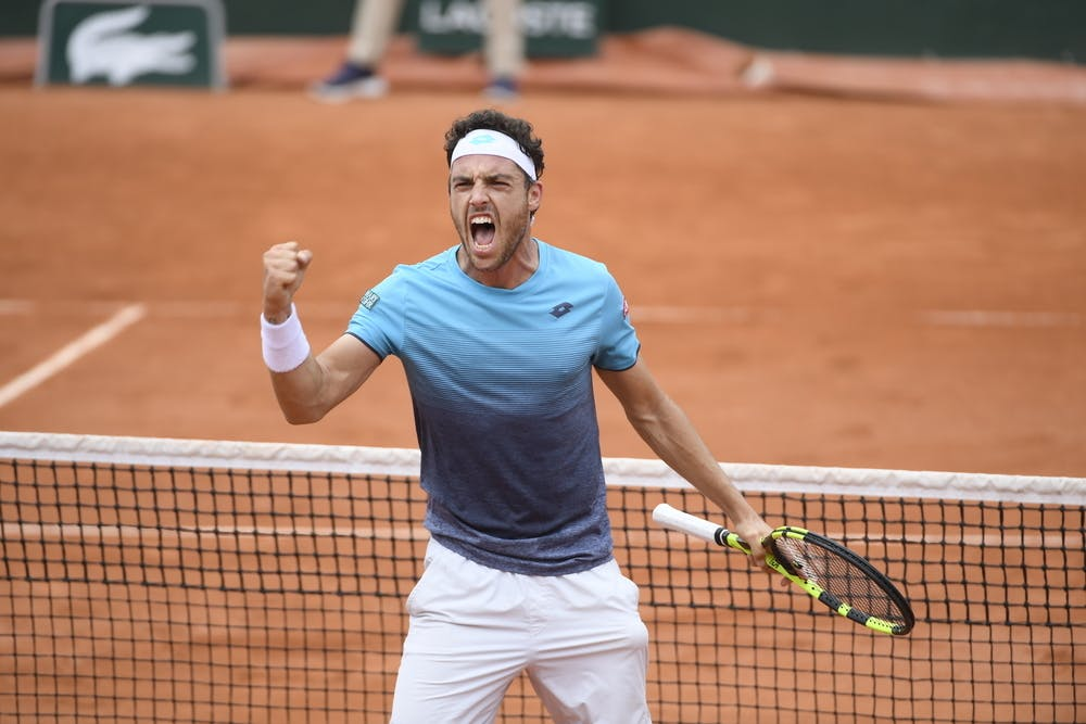 Marco Cecchinato during his quarter-final against Djokovic at Roland-Garros 2018