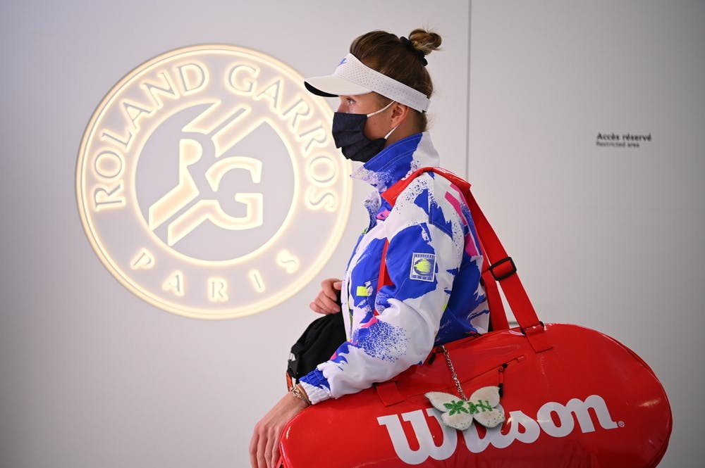 Elina Svitolina in the corridor at the entrance of the Philippe Chatrier court during 2020 Roland-Garros
