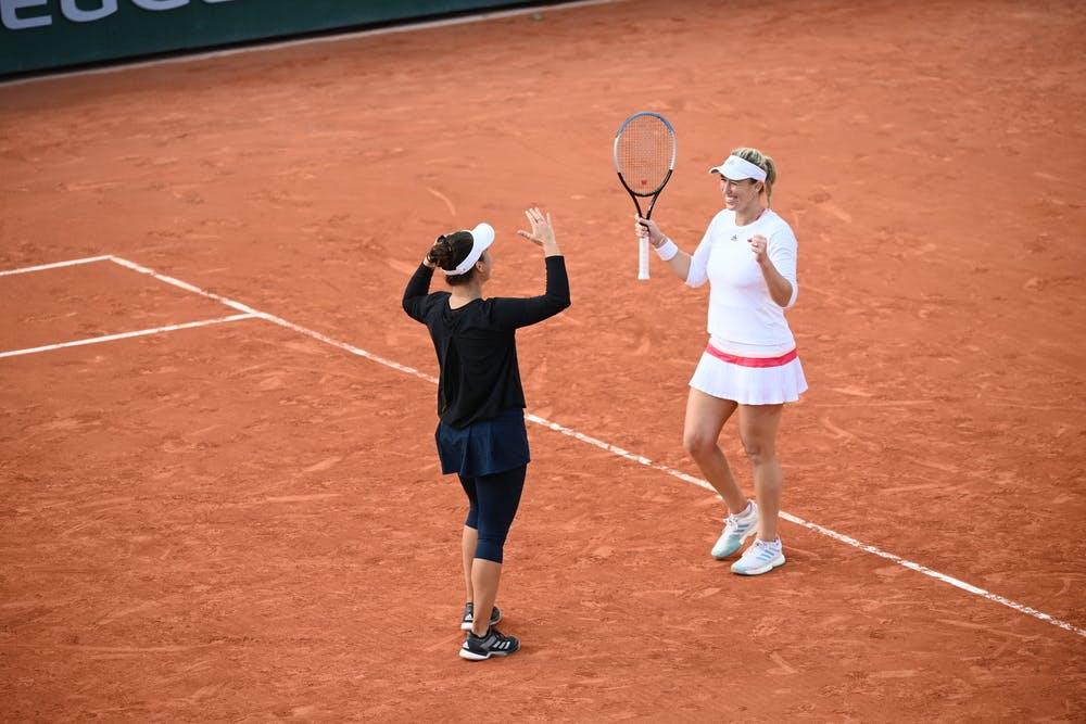 Alexa Guarachi, Desirae Krawczyk, Roland Garros 2020, doubles semi-finals
