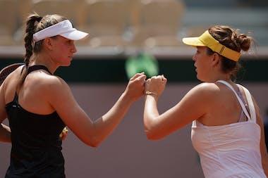 Elena Rybakina Anastasia Pavlyuchenkova Roland-Garros 2021