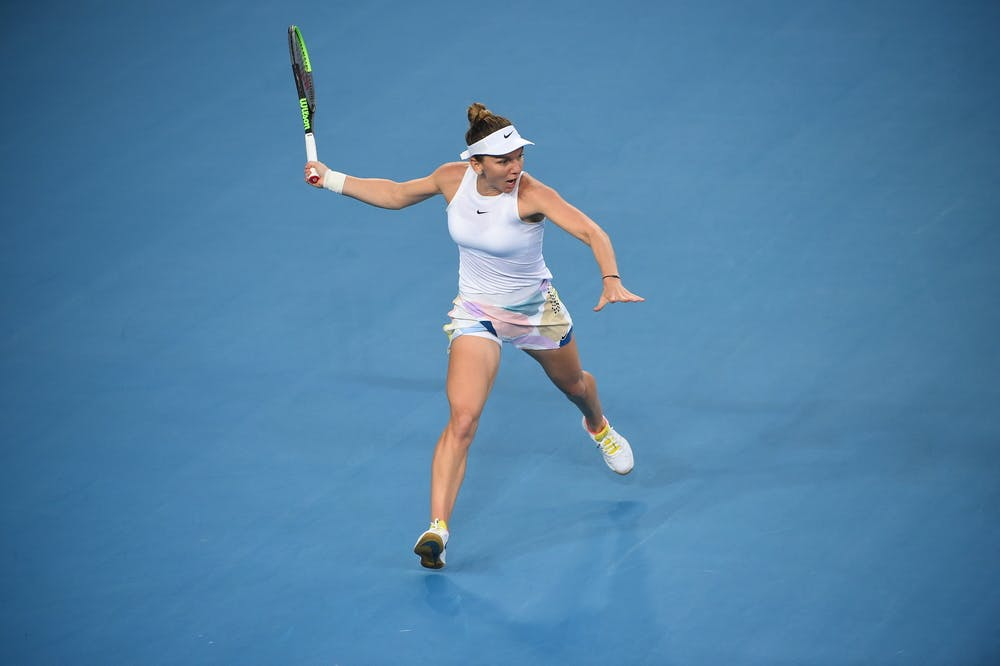 Simona Halep preparing a forehand during the 2020 Australian Open