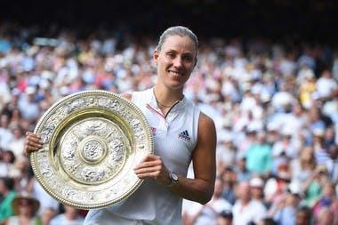Angelique Kerbert trophy Wimbledon 2018 trophée