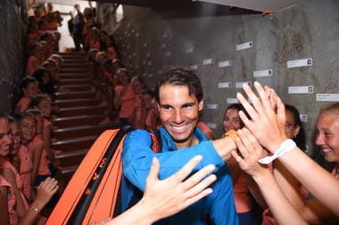 Rafael Nadal ramasseurs de balles ball kids Roland-Garros 2018.