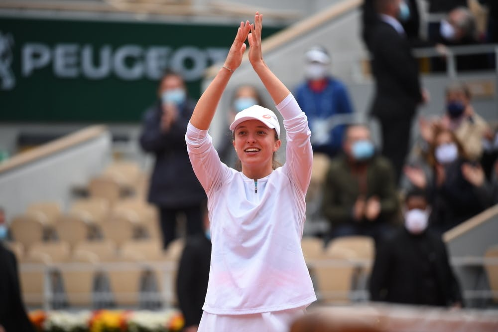 All hail Queen Iga: Laver, King, Djokovic and more react to Pole's win - Roland-Garros - The 2020 Roland-Garros Tournament official site
