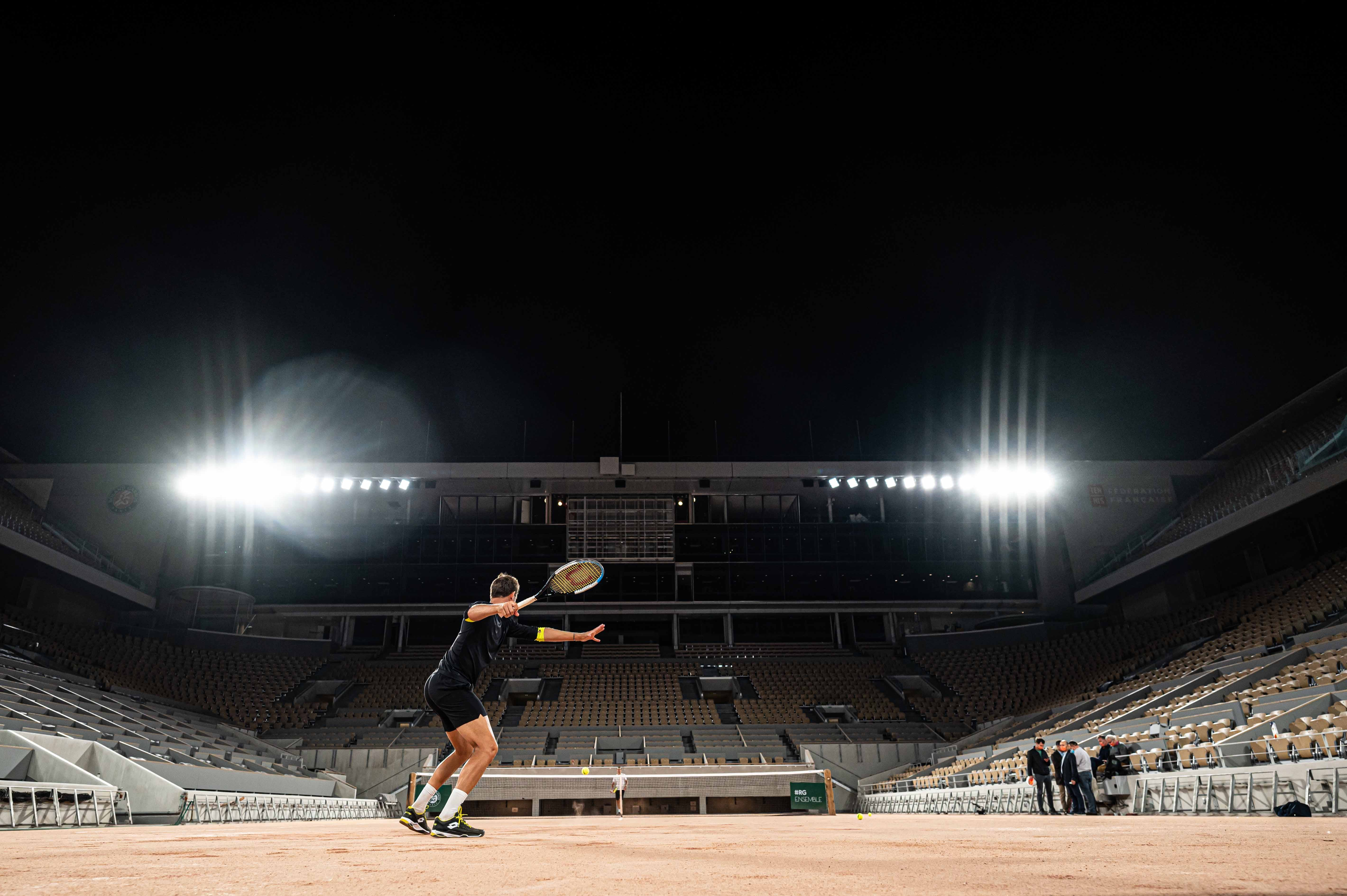 Lights testing on the Philippe-Chatrier court September 2020