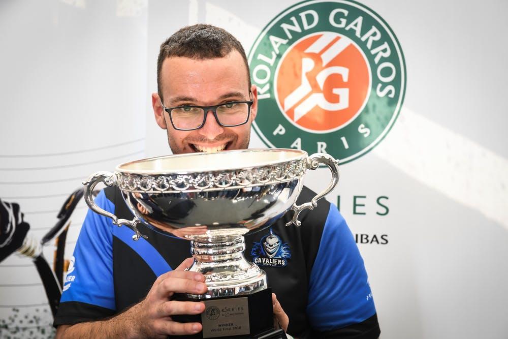 Carlos Che vainqueur winner Roland-Garros eSeries 2018