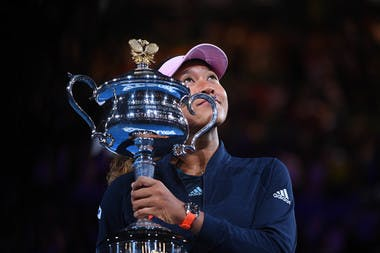 Naomi Osaka holding her trophy at the 2019 Australian Open