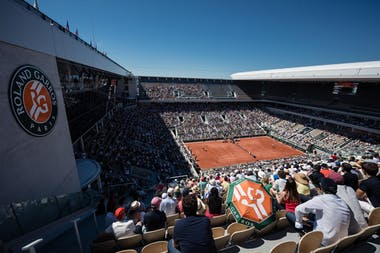 Crowd on the Philippe-Chatrier during Roland-Garros 2021