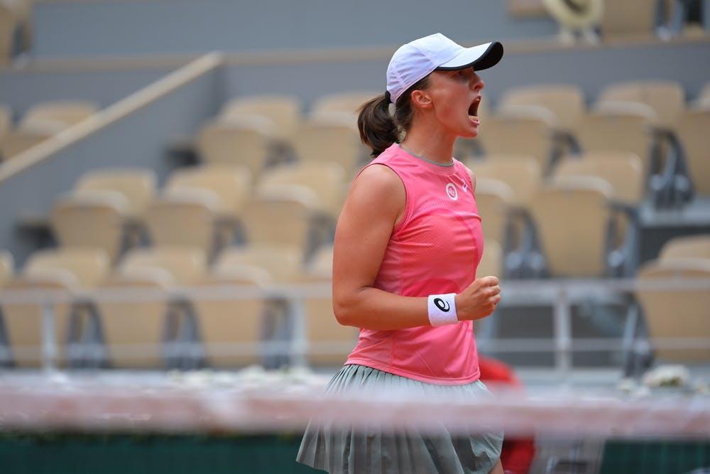 Iga Swiatek, Roland Garros 2021, third round