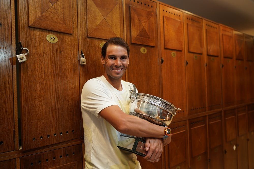 Rafael Nadal posing in the locker after the 2019 Roland-Garros final