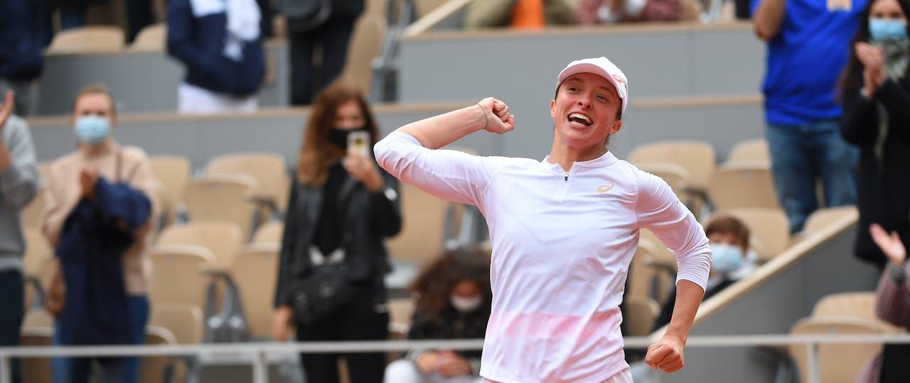 Iga Swiatek jumping while winning Roland-Garros 2020