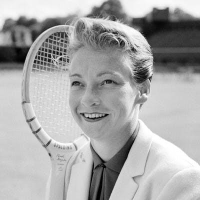 Darlene Hard Roland-Garros champ 1960.