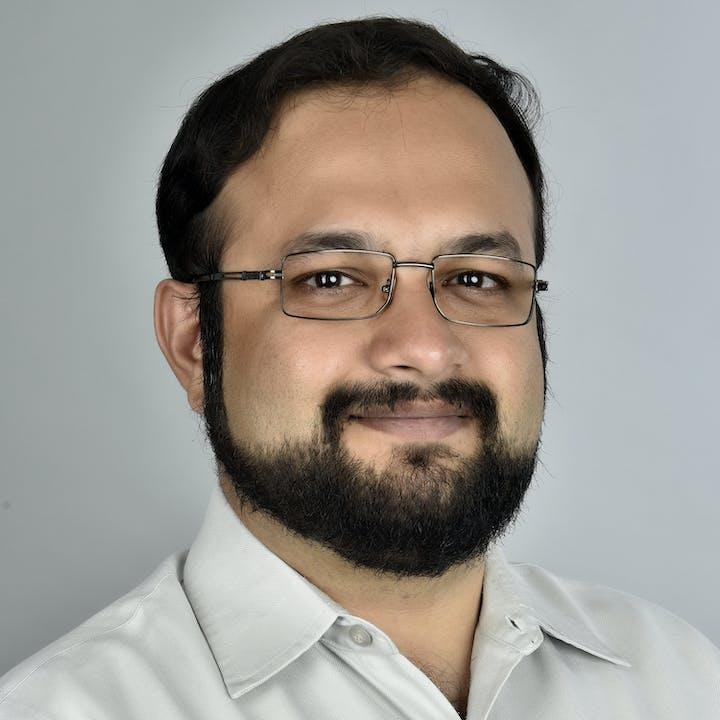 Alok Prasanna Kumar - Author, FiftyTwo.in