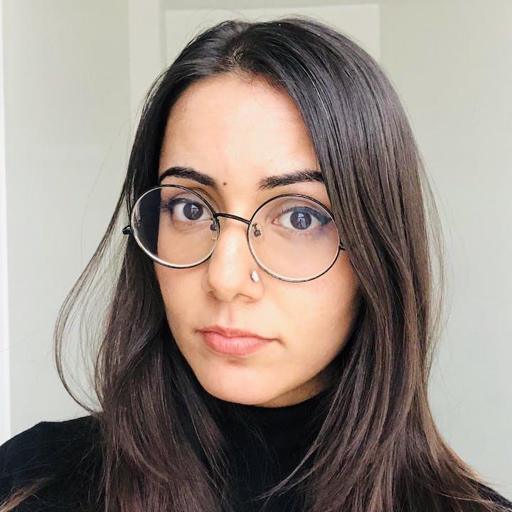 Annika Taneja - Author, FiftyTwo.in