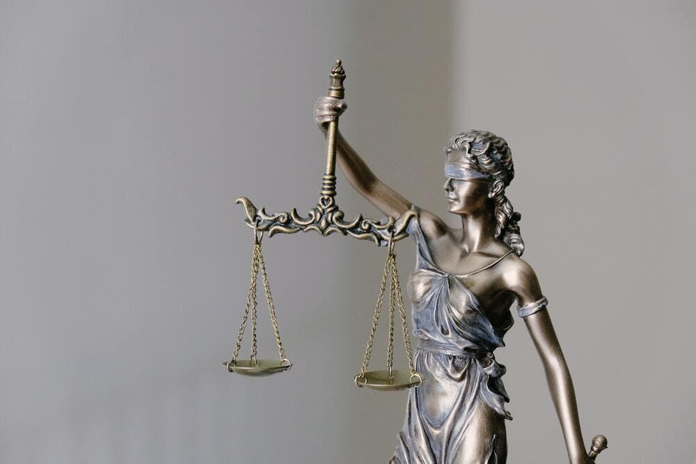 Arnaque location vacances - Saisir la justice