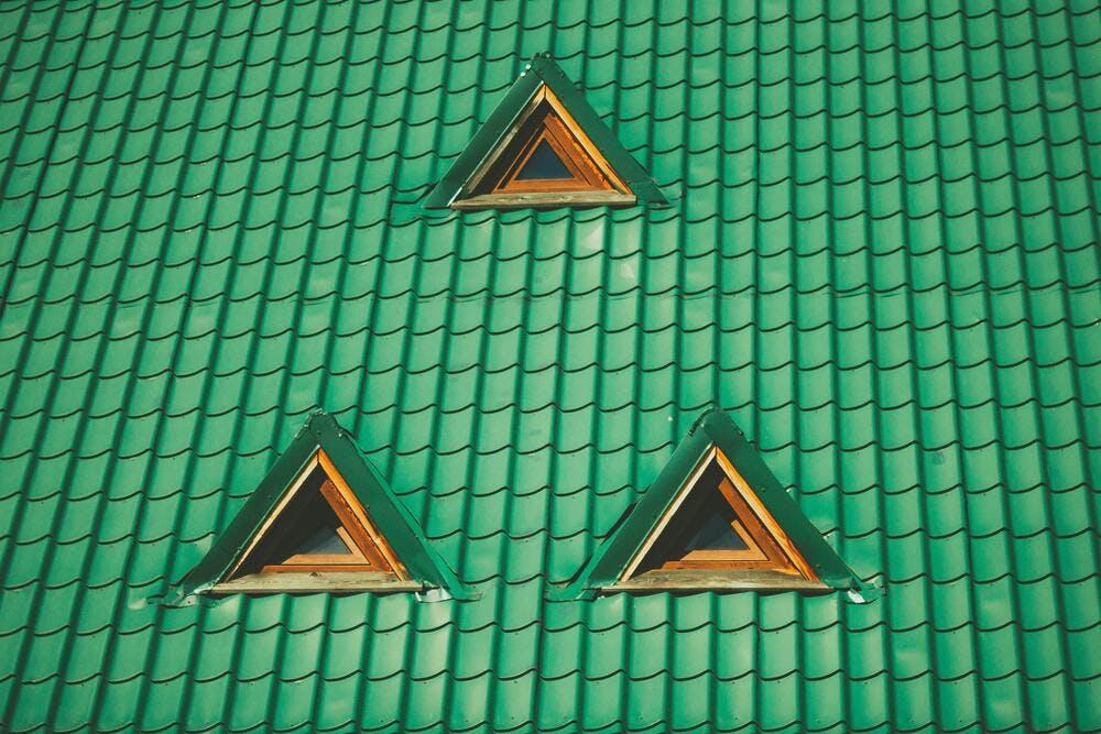 Quelle est la forme de toiture la moins chère - By Raul Petri on Unsplash