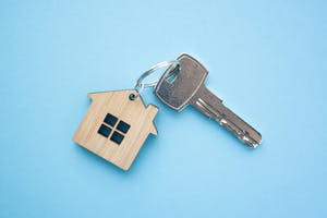 Vente d'un bien immobilier loué : quels sont les droits du locataire?