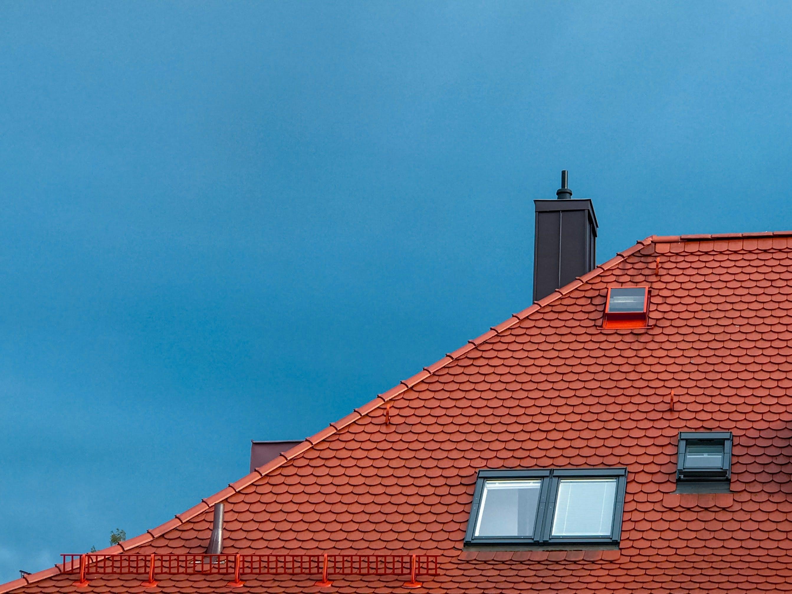 Quel est le meilleur type de toiture ? - By Jan Antonin Kolar on Unsplash
