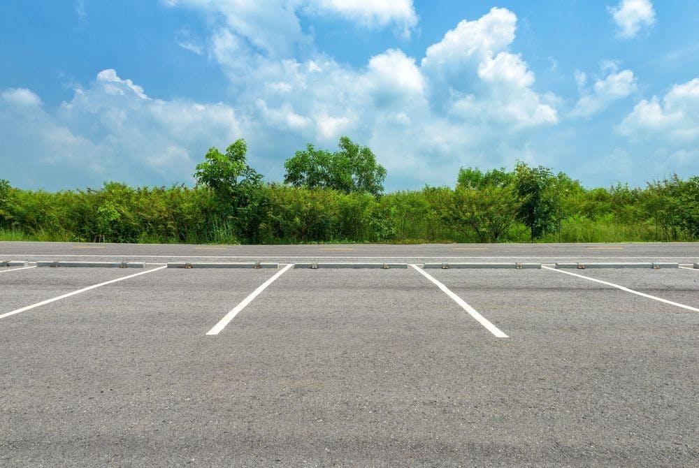 Investissez dans un parking ou une chambre de bonne