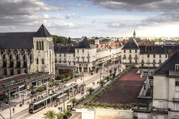Tours gagne du terrain, 6ème ville où investir en 2016