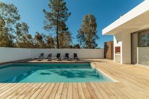 Construction d'une piscine : quel impact sur mes impôts ?