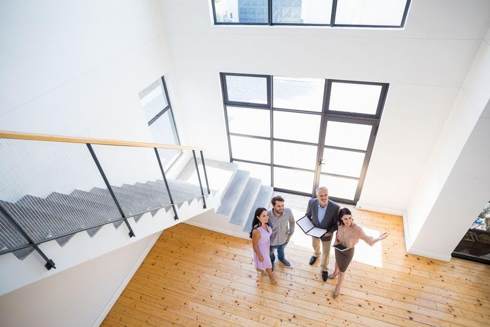 Regarder la vidéo Prix immobiliers : 3 critères qui donnent de la valeur à votre logement