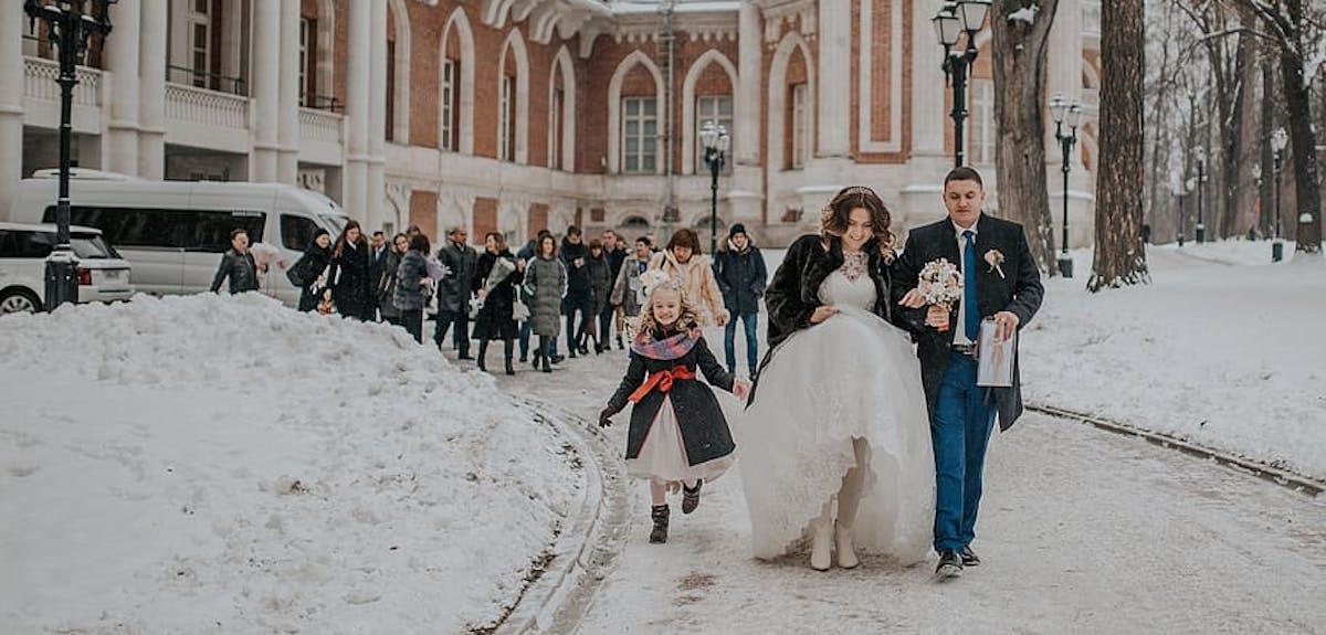Christmas day weddings