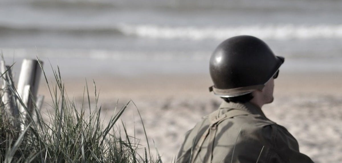 12-incredible-d-day-stories-header