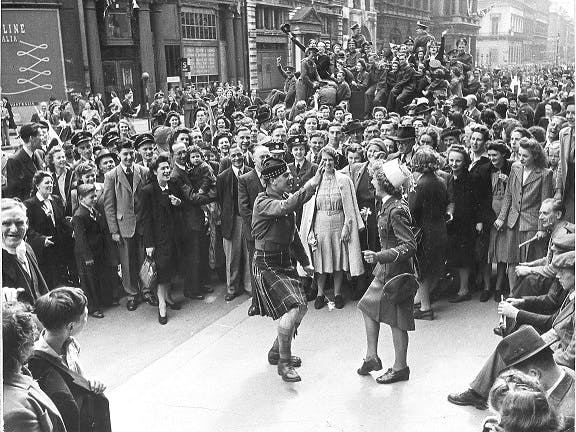 VE day dancing in the streets