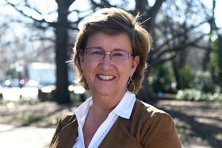 Lisa Lisson - genealogist