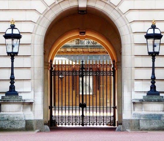royal-archives-records-header