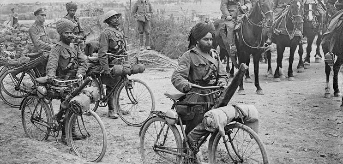 indian-troops-in-the-british-army-header