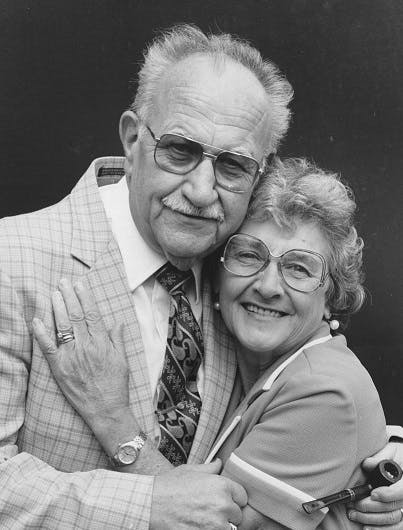 Wartime couple in the 1980s