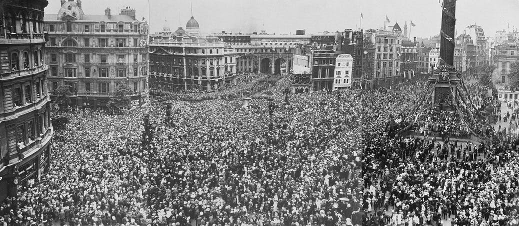 VE Day Nelson's Column