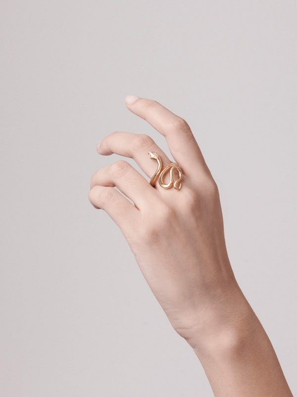 Care for your jewellery: solid gold
