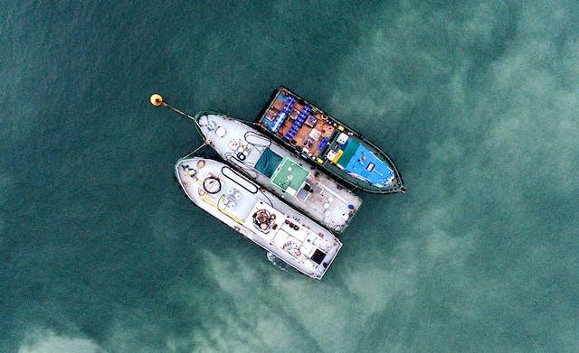 a blockchain-based logistics web application