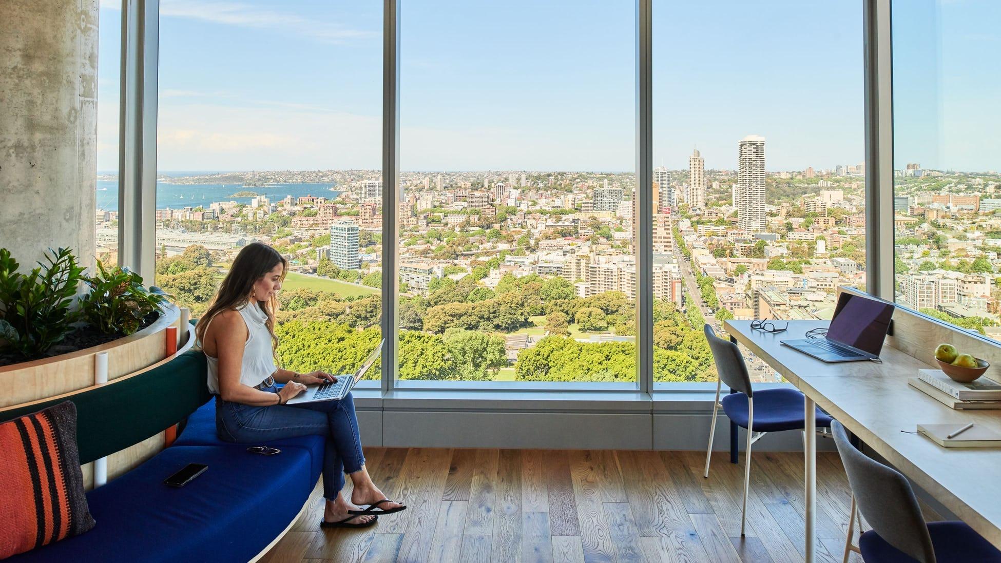 Vet du forskjellen mellom et fleksibelt og tradisjonelt kontor?