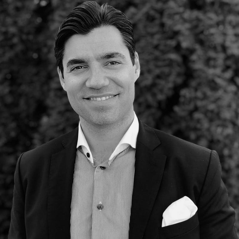 Michael Angelo Justiniano - CEO - Flexspace