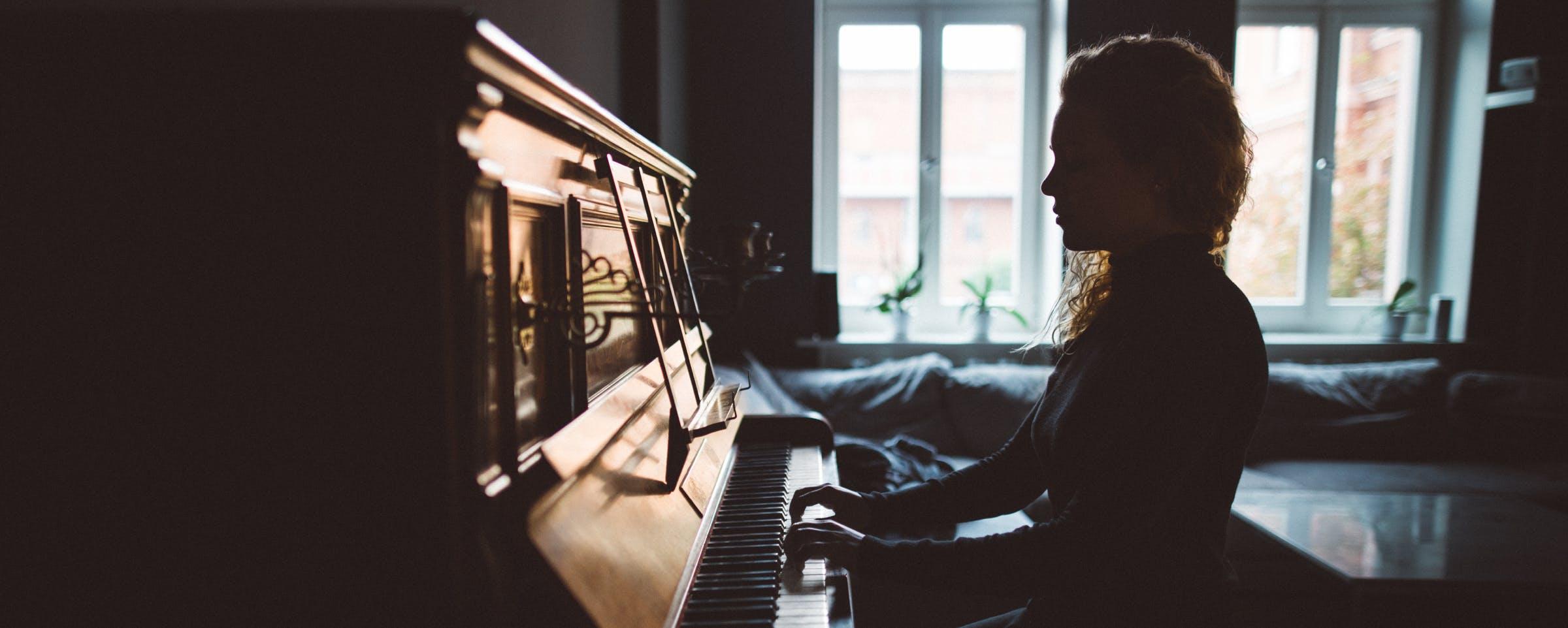 Female piano player