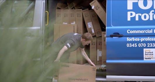 Forbes Professional Engineer Picking Up Samsung TV From Van - Dart Marina Hotel, Devon, Dartmouth