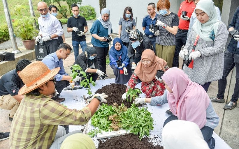 Image by Yayasan Sime Darby - Huluran Kasih Volunteer Programme.