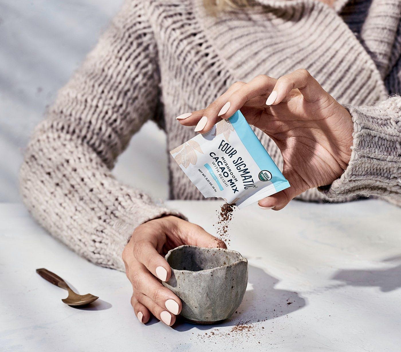 Mushroom Cacao with Reishi Pour