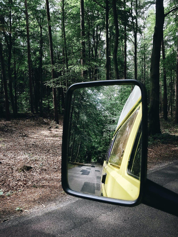 Blick auf Seitenspiegel