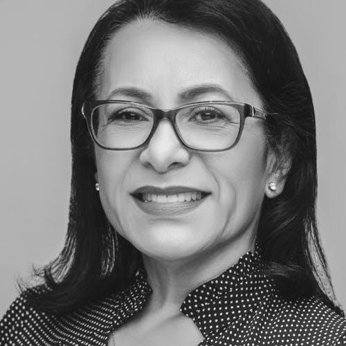 Carlotta Flores