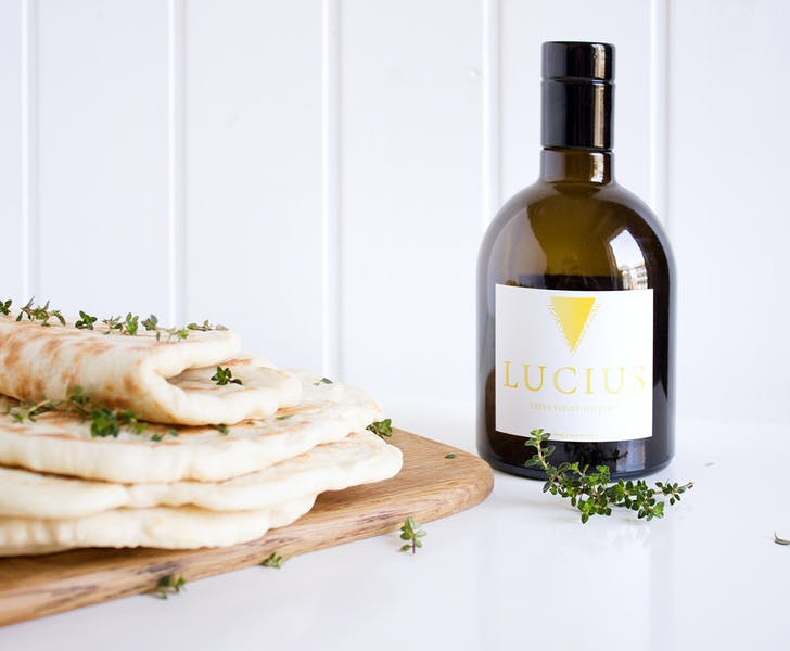 Greek pita bread, the tradition