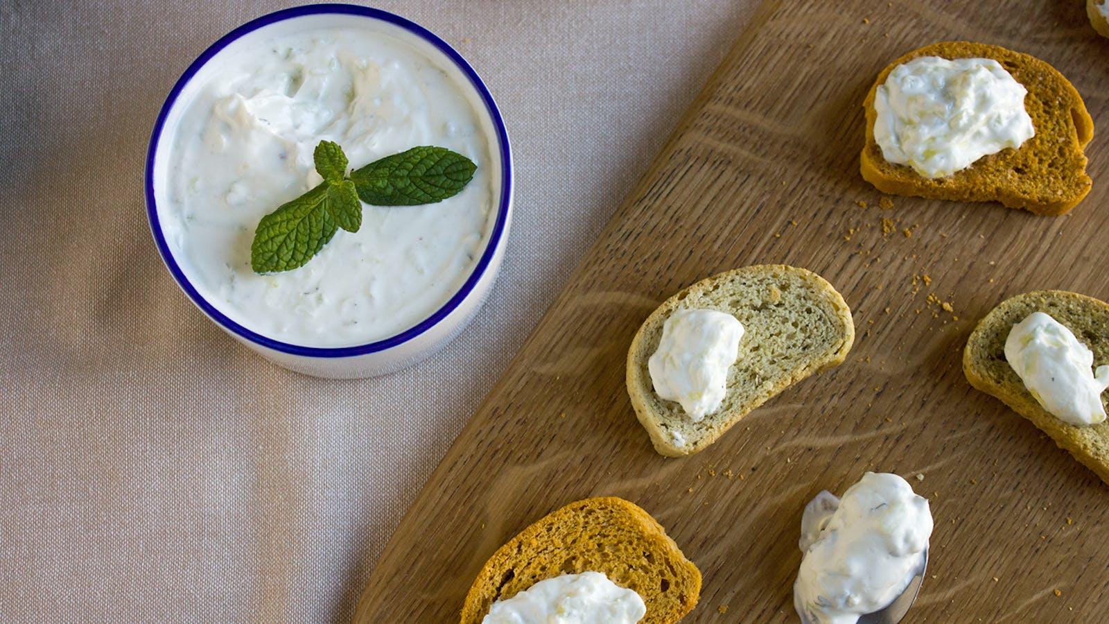 Tzatziki: ricetta originale greca, come si prepara
