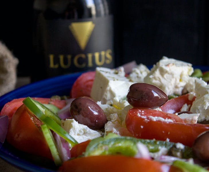Authentic Greek salad recipe, easy to prepare