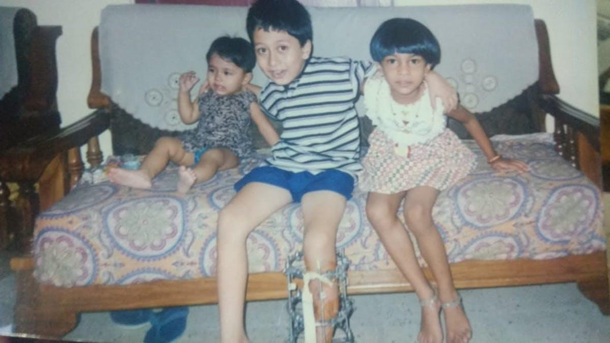 3 kids chilling