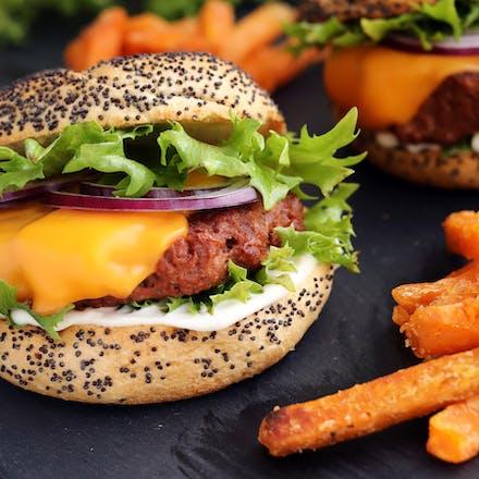 Go'Vegan Burger med søtpotetfries