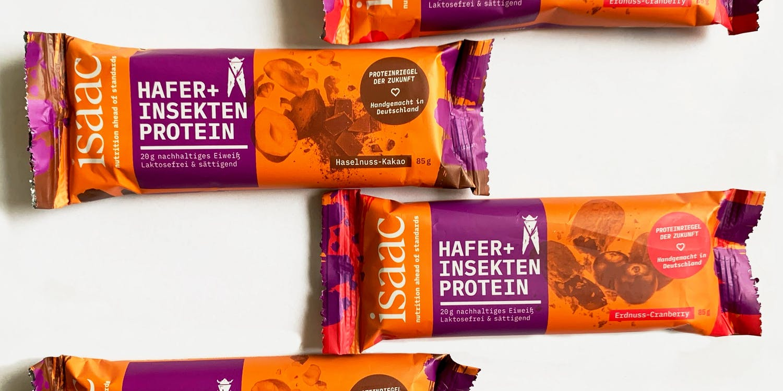 The peanut-cranberry and hazelnut-cacao bars from Isaac